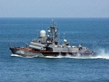 В Севастополь прибыл первый из четырех российских кораблей