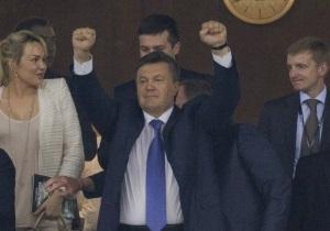 Янукович: Вчера украинские футболисты дали нам надежду