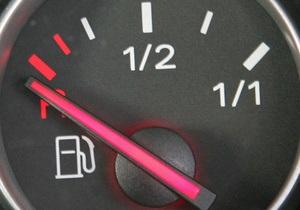 Украина привяжет акциз на бензин к цене нефти - решение Кабмина