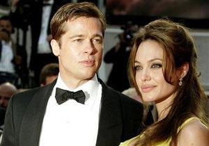 Бывший охранник Анджелины Джоли обвинил ее в жестокости и двуличии