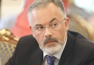 Студенческая защита: Табачник не отказался от идеи вернуть в вузы вступительные экзамены