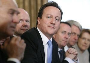 Новые британские министры урезали себе зарплату