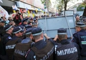 Штурм милиции во Врадиевке отложен до утра