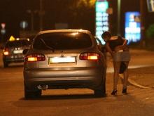 Белорусский депутат рекомендует легализовать проституцию и показывать детям порно