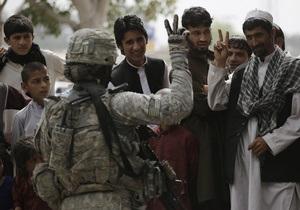 55% афганцев считают, что иностранные военные находятся в их стране ради собственной выгоды