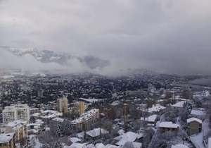 Ялту засыпало снегом: высота снежного покрова достигла 18 см