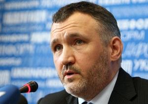 Американский посол отказался сообщить, почему Кузьмина не пускают в США