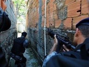 Жертвами войны наркоторговцев с полиций Рио-де-Жанейро стали 16 человек