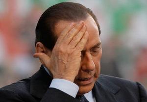 СМИ: Ален Делон сыграет Берлускони в фильме об интимных вечеринках