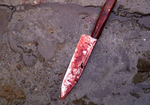В Одессе психически больной мужчина зарезал свою мать и ранил двух медработников