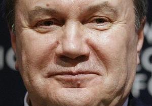 Янукович подписал резонансный закон о госзакупках