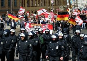 новости Германии - Берлин - демонстрации - Немецкая полиция пресекла столкновения между демонстрантами в Берлине