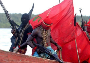 Би-би-си: Нигерийские пираты похитили украинского капитана