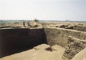 В Египте нашли 14 древних статуй богини войны Сехмет
