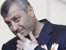 Кокойты выпьет за независимость Южной Осетии трехлитровый бокал вина