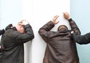 В Полтаве арестовали банду скиммеров, похитившую более 200 тысяч гривен