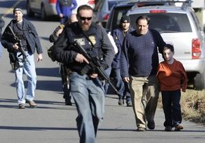 В американском городке из-за угрозы массового расстрела закрыли все школы
