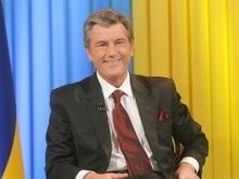 Ющенко напомнил Шуфричу  злого клоуна, которым управляет Балога-кукловод