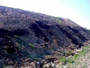 Жители сел блокировали работу мусорной свалки Львова