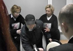 Дело Тимошенко - УДАР: Демократия по-украински - это выбрасывать из помещения женщин-депутатов