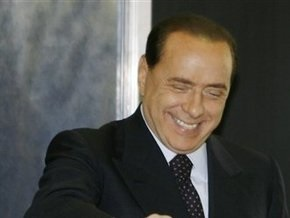 Бывшему адвокату Берлускони дали 4,5 года тюрьмы за получение взятки