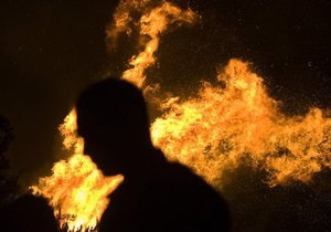 В Воронеже мужчина пытался сжечь свою  жену