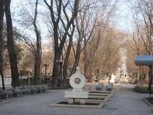 Подготовка к Евро-2012: в Донецке снесли памятный знак жертвам Голодомора