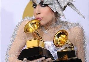 В Японии выпустили рекламу смартфона с Lady Gaga