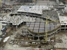 Демонтаж стройки перед НСК Олимпийский снова откладывается