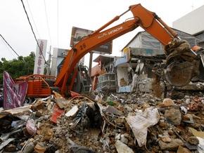 Фотогалерея: Землетрясение уничтожило миллионный город на Суматре