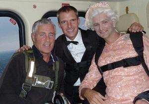 Каскадер, сыгравший Джеймса Бонда на открытии лондонской Олимпиады, погиб в горах Швейцарии