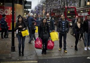 Половина британцев купили рождественские подарки в долг