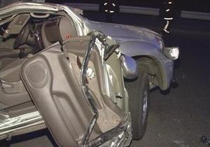 Около 20 легковых автомобилей и шесть грузовиков столкнулись в Великобритании
