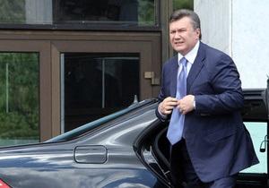 Янукович ездит на работу по новому маршруту