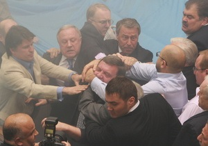 БЮТ уверяет, что драку в Раде 27 апреля начали регионалы