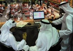 Мировые фондовые индексы рекордно снизились из-за ситуации в Египте