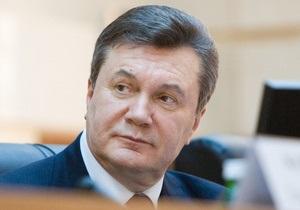 Корреспондент попросил известных личностей оценить первый год Януковича