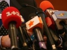 Новинар: Иностранцы оккупировали украинское телевидение