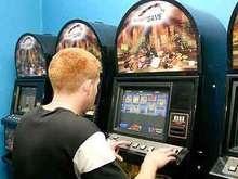 В Симферополе выявили зал игровых автоматов, замаскированный под салон красоты
