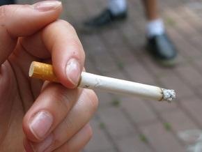 В России почти вдвое сократилось число курящих подростков