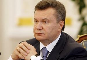 ДТП в Днепропетровской области: Янукович дал ряд поручений. На место трагедии выехал Клюев