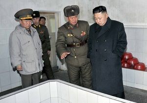 Ким Чен Ун проверил готовность войск