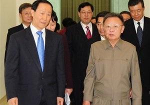 Ким Чен Ир согласился продолжить переговоры по ядерной программе КНДР