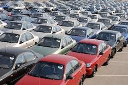 ГПУ намерена взыскать с автозавода Васадзе 32 млн грн за продажу авто для инвалидов по завышенным ценам