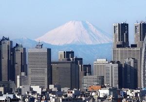 В Японии госслужащим разрешили ходить на работу в джинсах и футболках