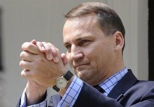 Глава МИД Польши считает, что только Германия может спасти еврозону