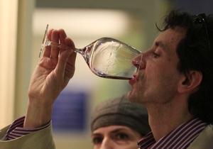 Вино защищает мужчин от рака и сердечных болезней - ученые