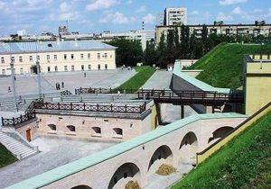 У Киевской крепости забирают землю под транспортную развязку