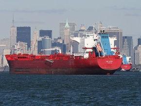 Российские моряки смогли уйти от преследования пиратов в Аденском заливе