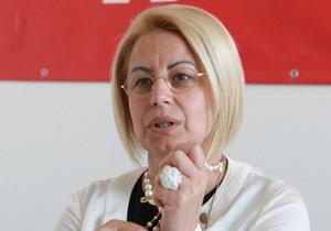 Герман изъявила желание поработать санитаркой в больнице